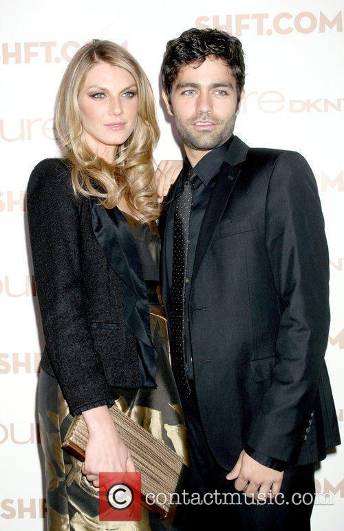 Angela Lindvall and Adrian Grenier 5