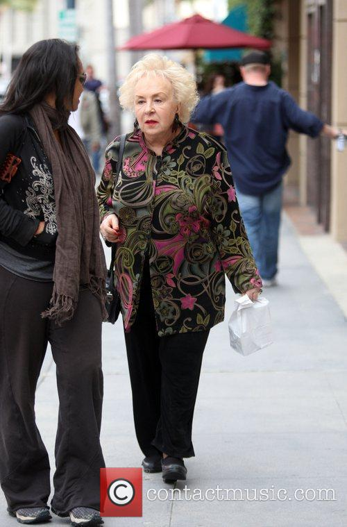 Doris Roberts leaves a medical building in Beverly...