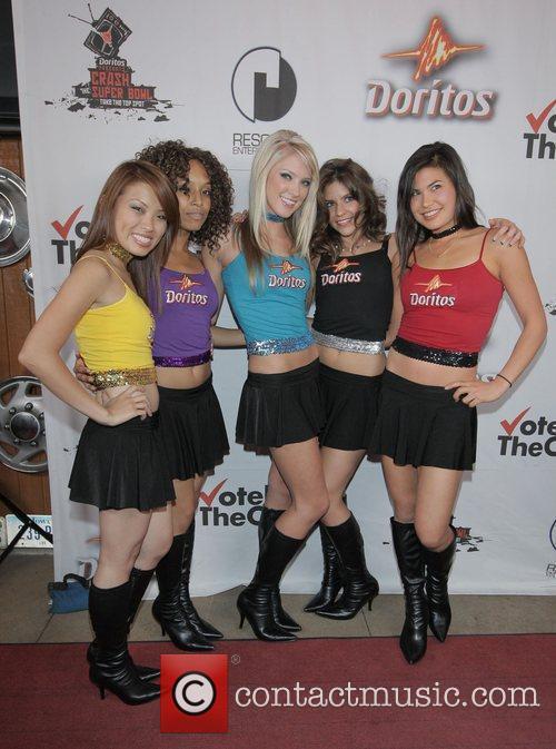 The Doritos Girls Doritos Crash The Superbowl Commercial...