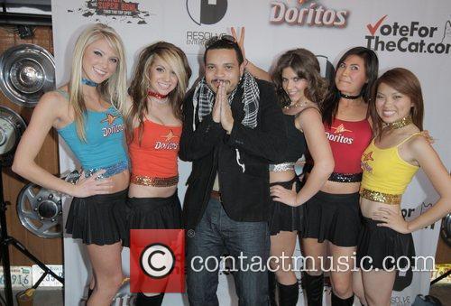 The Doritos Girls with Lonnie Colon Doritos Crash...