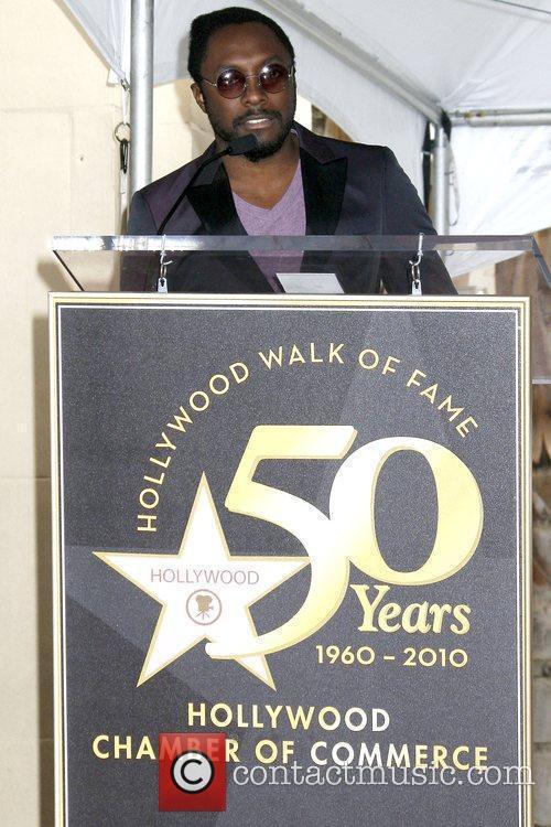Music Mogul Doug Morris honoured with the 2,399th...