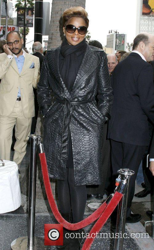 Mary J Blige Music Mogul Doug Morris honoured...