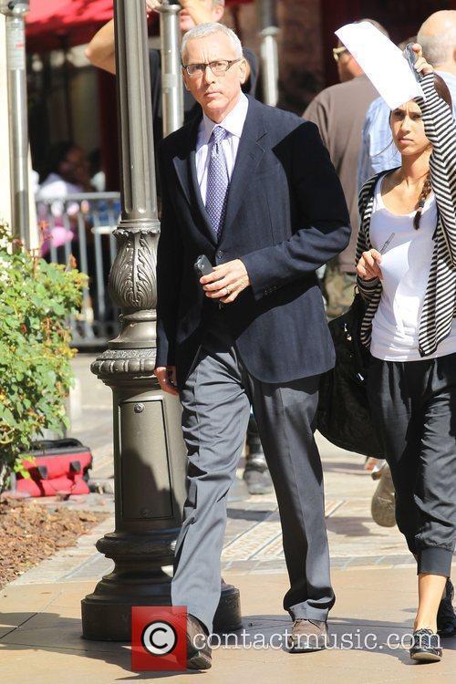 Dr. Drew aka David Pinsky was seen walking...