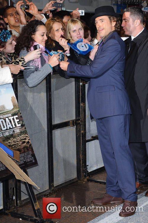 Robert Downey Jr and Zach Galifianakis 4