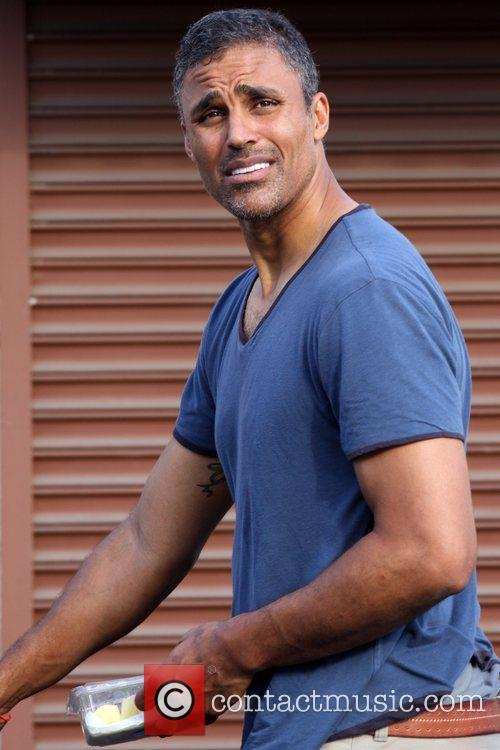 Rick Fox arrives at the dance rehearsal studio...
