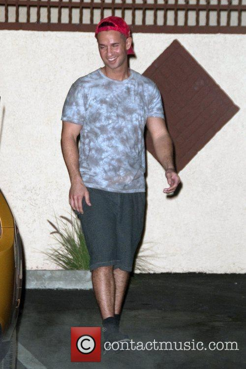 Mike The Situation Sorrentino leaving a dance studio...