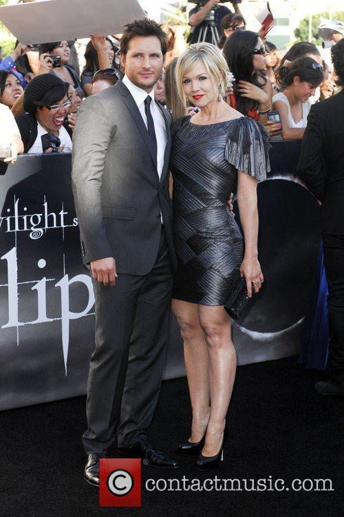 Peter Facinelli and Jennie Garth  2010 Los...