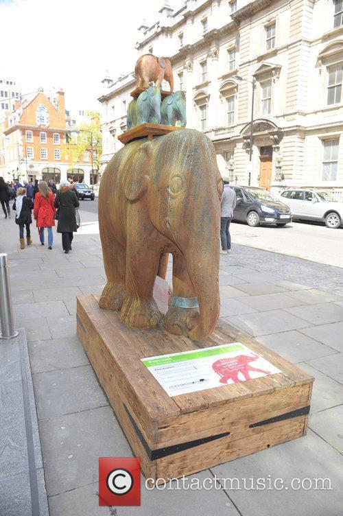 Elephant Parade Begins In London 250 brightly painted...