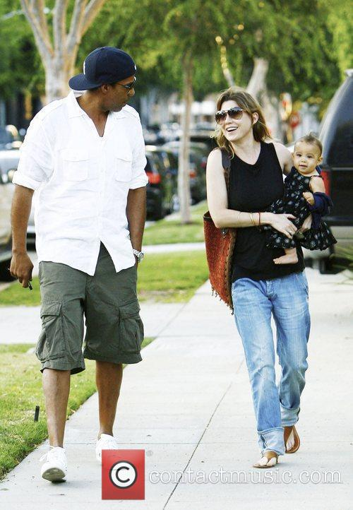 Ellen Pompeo and Chris Ivery With Their Daughter Stella Luna Were Spotted Leaving A Friends Home In Beverly Hills 7