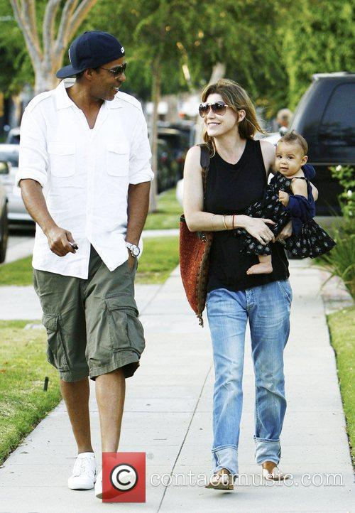 Ellen Pompeo and Chris Ivery With Their Daughter Stella Luna Were Spotted Leaving A Friends Home In Beverly Hills 4