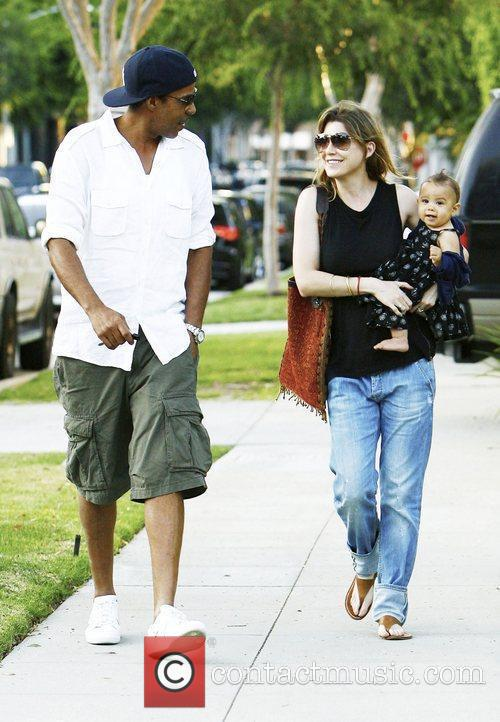 Ellen Pompeo and Chris Ivery With Their Daughter Stella Luna Were Spotted Leaving A Friends Home In Beverly Hills 3
