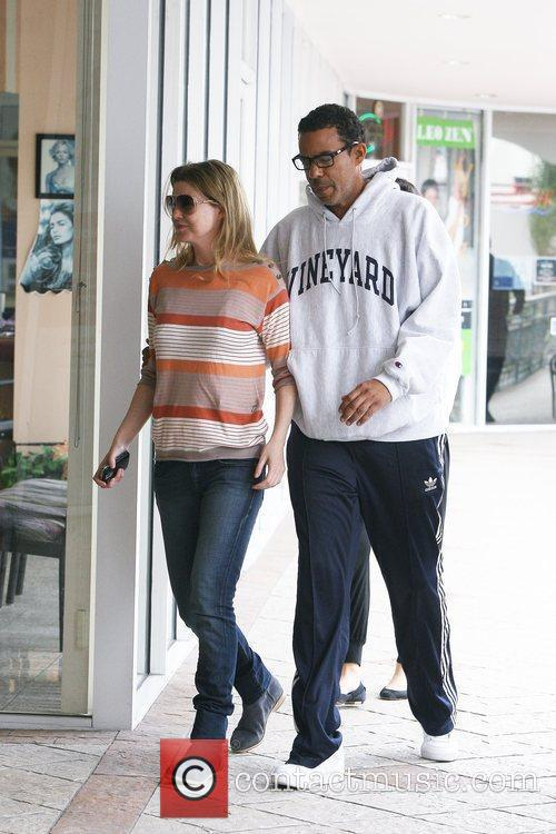 Ellen Pompeo and Christopher Ivery 9