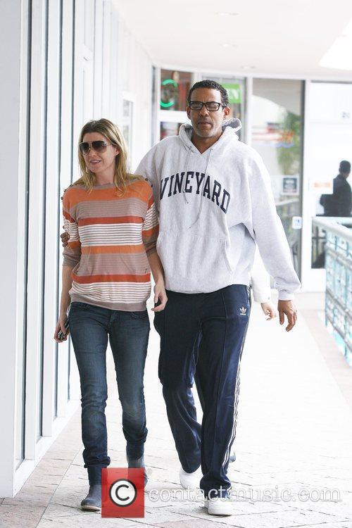Ellen Pompeo and Christopher Ivery 11