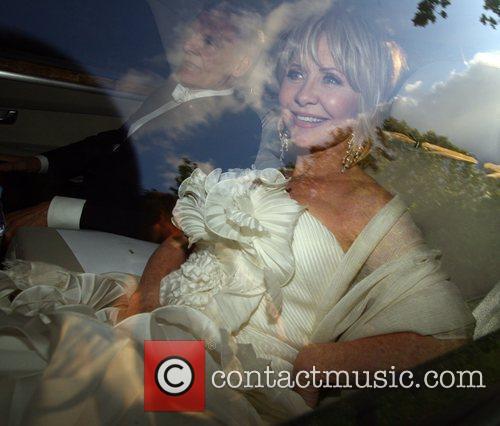 Lulu Celebrities arriving for Elton John's White Tie...