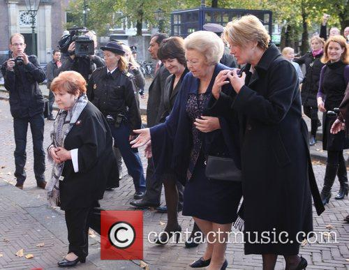 Emma Thompson, Journey and Queen Beatrix 3