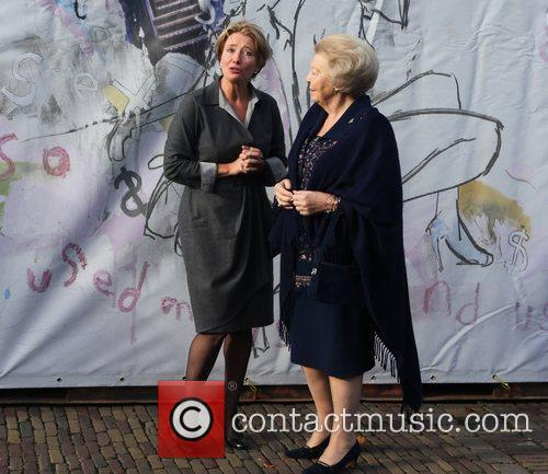 Emma Thompson, Journey and Queen Beatrix 8