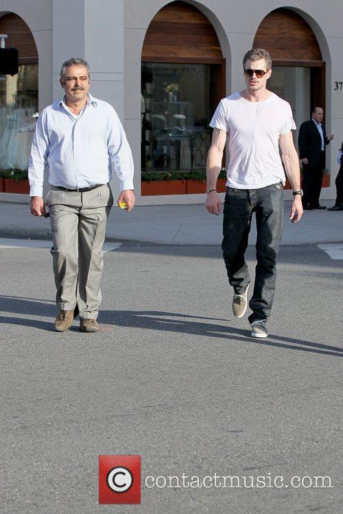 'Grey's Anatomy' star running errands in Beverly Hills