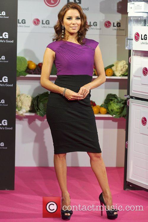 Eva Longoria Parker presents the new 'Combi LG'...