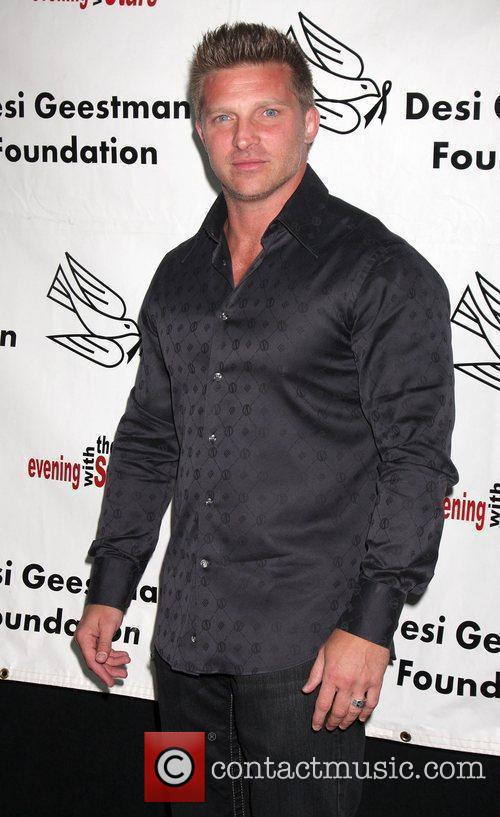 Steve Burton arrives at the Evening With the...