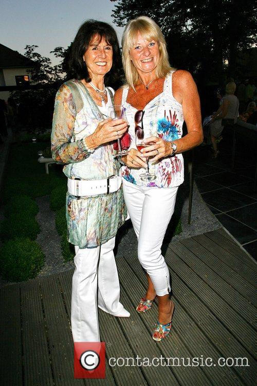 Scarlet Darcy and Lee Young Evitavonni annual lifestyle...