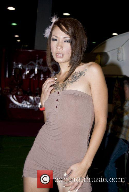Coco Velevet Adult Film Stars appear at Exxxotica...