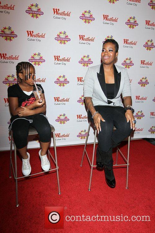American Idol, Fantasia Barrino, Journey and Zion 5