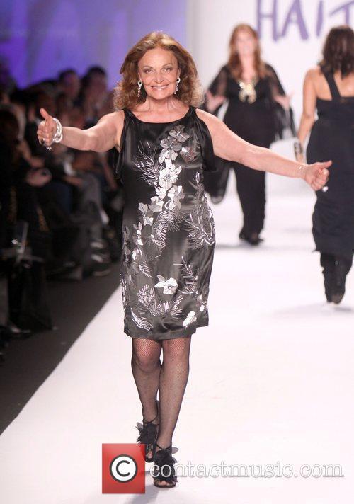 Fashion Designer Diane Von Furstenberg Mercedes-Benz IMG New...