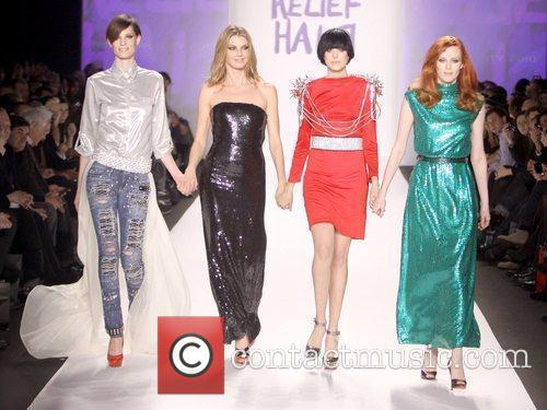 Supermodels Daphne Guinness,Agyness Deyn and Karen Elson,...