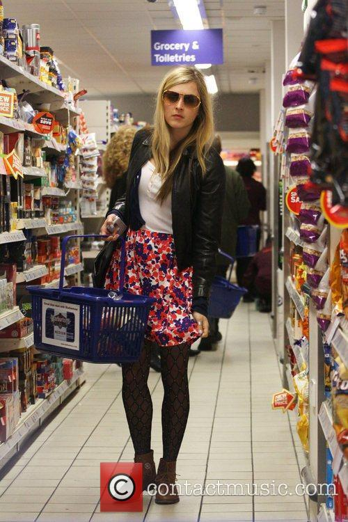 Fearne Cotton seen shopping at Sainsbury's London, England