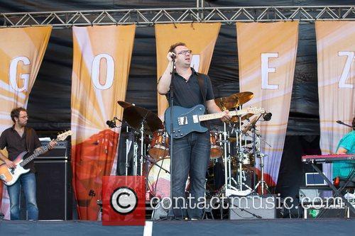 Gomez performing at Optimus Alive! 2010 at Passeio...