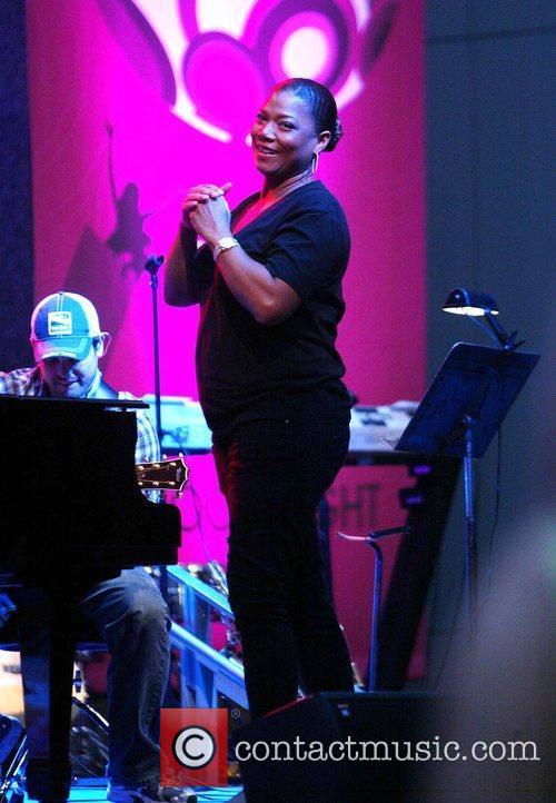 Queen Latifah sound checks before hosting Fight For...