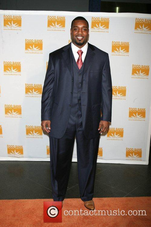 Chris Canty, of the NY Giants Food Bank...