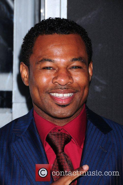 Shane Mosley and Tyler Perry 4