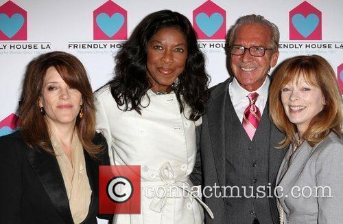 Natalie Cole and Frances Fisher 11