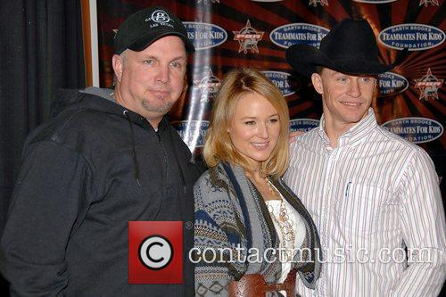 Garth Brooks, Jewel and Ty Murray 8