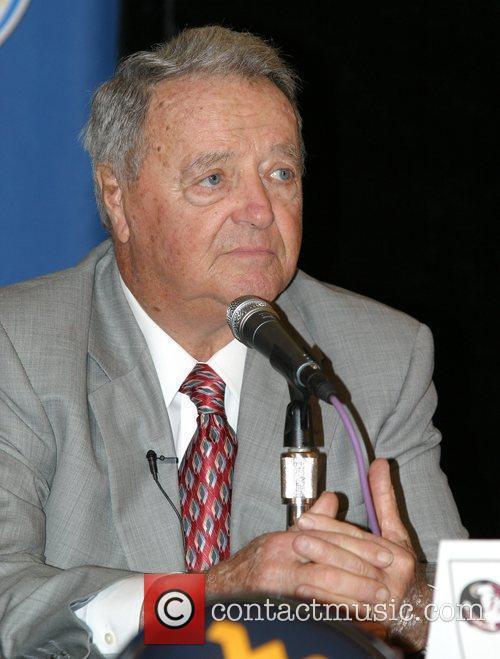 FSU Coach Bobby Bowden  speaks during the...