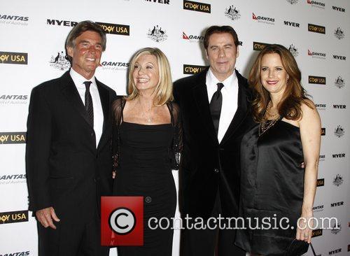 John Easterling, Abbie Cornish, Barry Gibb, John Travolta, Kelly Preston and Olivia Newton-john 3