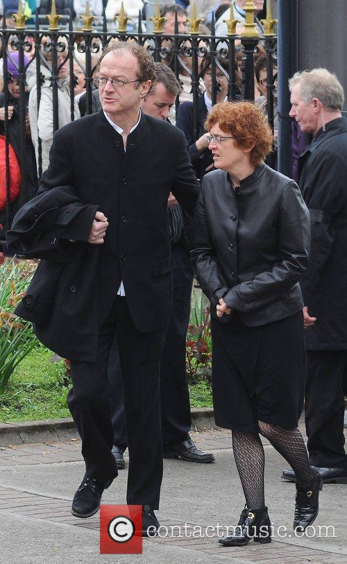 Niall Stokes, Mairin Sheehy The funeral of RTE...