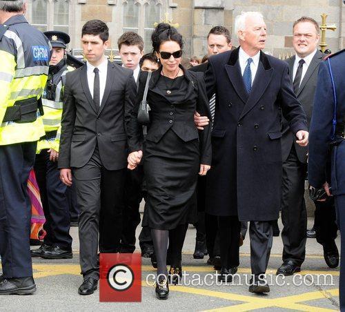 Rex, Elliot, Babette, Morah Ryan The funeral of...