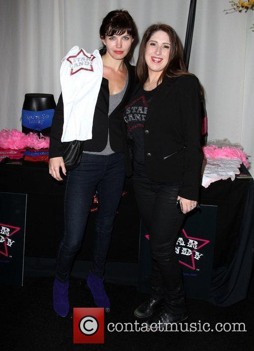 Delphine Chaneac and Marisa Stewart AMA 2010 Gifting...