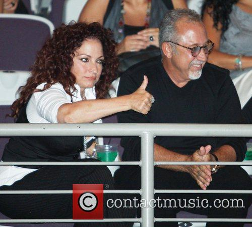 Gloria Estefan and Donna Summer 5