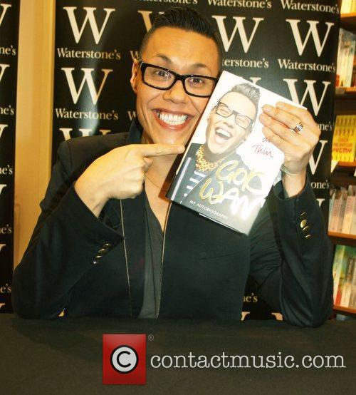 Gok Wan signs copies of his new book...