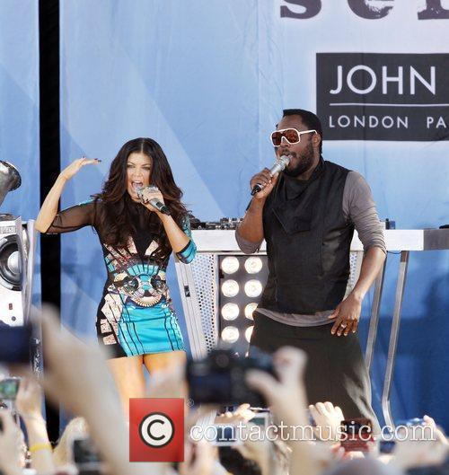 Good Morning America Email : Fergie good morning america presents the black eyed peas