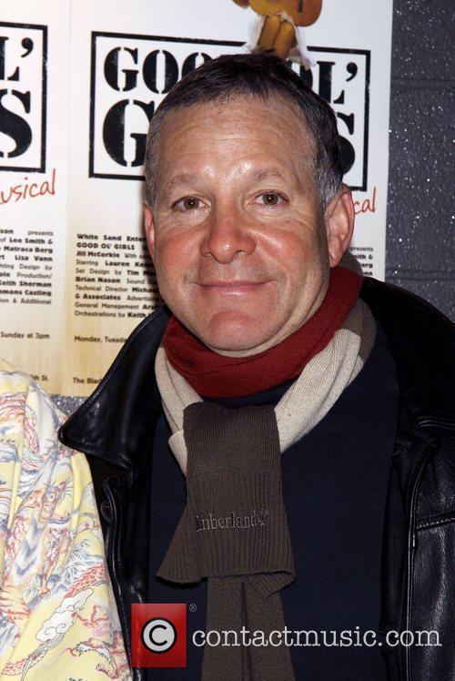 Steve Guttenberg 4