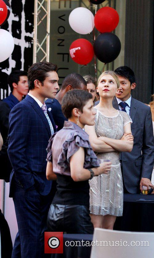 Clemence Poesy, Ed Westwick and Gossip Girl 9