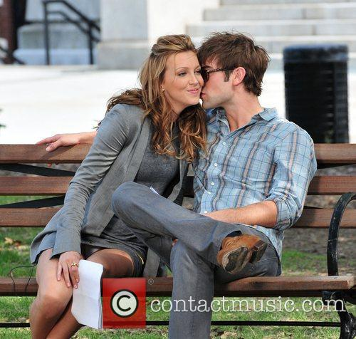 Katie Cassidy and Chase Crawford on the set...