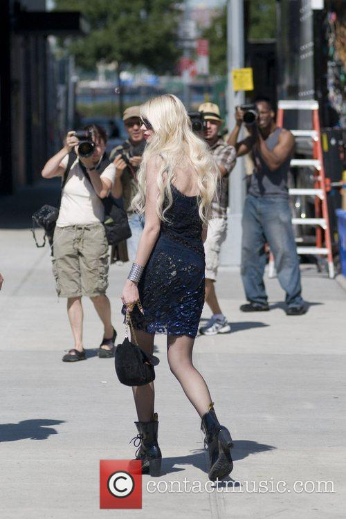 Taylor Momsen on location with 'Gossip Girl' in...