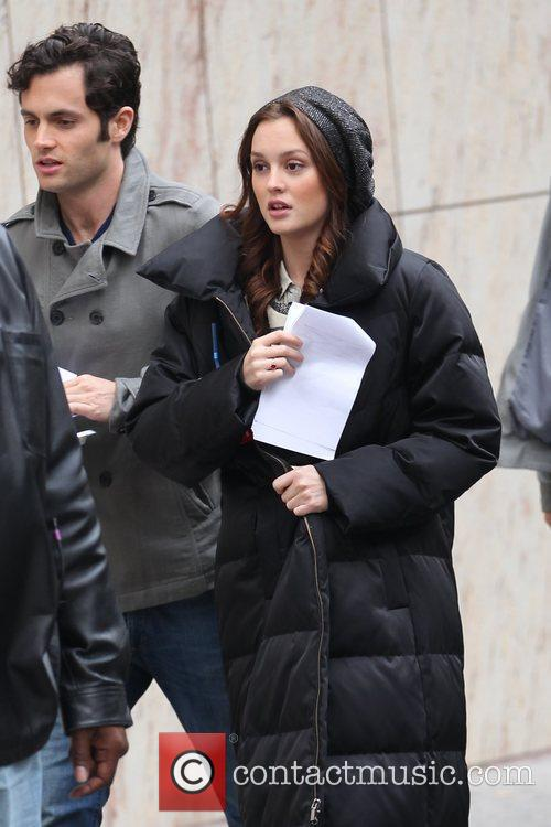 Penn Badgley and Leighton Meester filming on location...