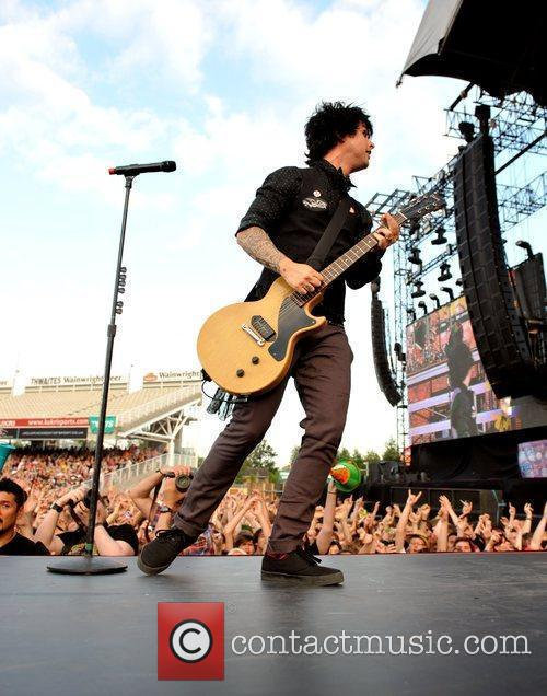 Billie Joe Armstrong 11