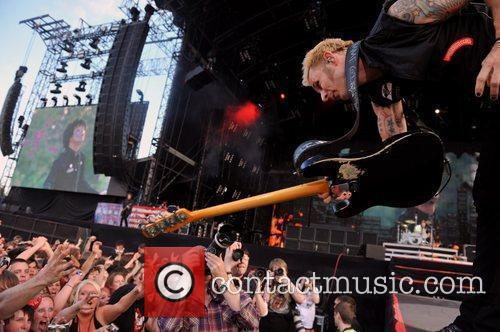 Mike Dirnt Green Day perform live in concert...